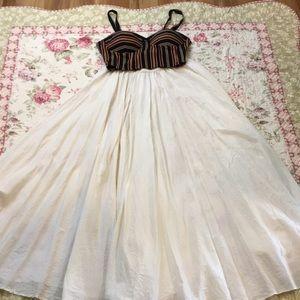 Bloomingdale's 100% silk full skirt